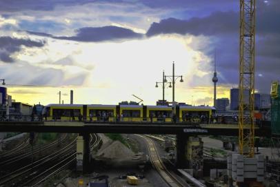 A tram passing by S Warschauer Strasse