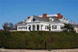 Villas of Newport